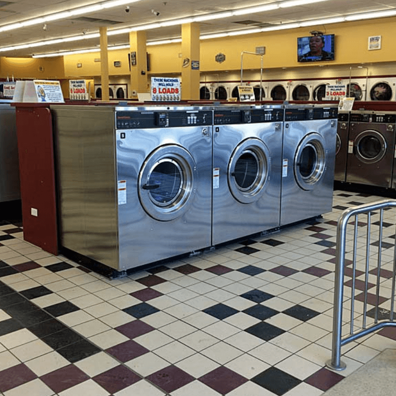 4 Things You Should Be Offering Customers at Your Laundromat Thumbnail