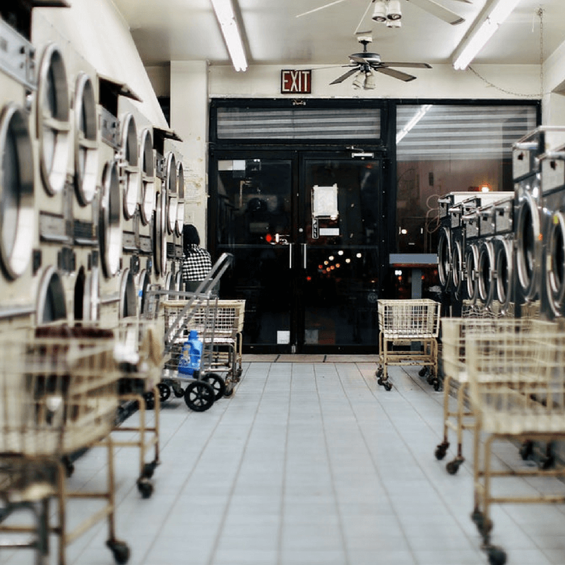 20 Easy (and FREE) Ways to Improve Your Laundromat Right Now Thumbnail